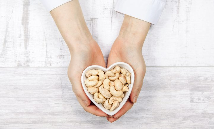 Why You Should Eat Cashews